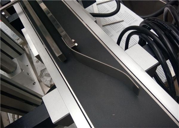 Stroj za etiketiranje vrha straničnih dijelova za plastičnu vrećicu / nerasprostranjeni karton / masku