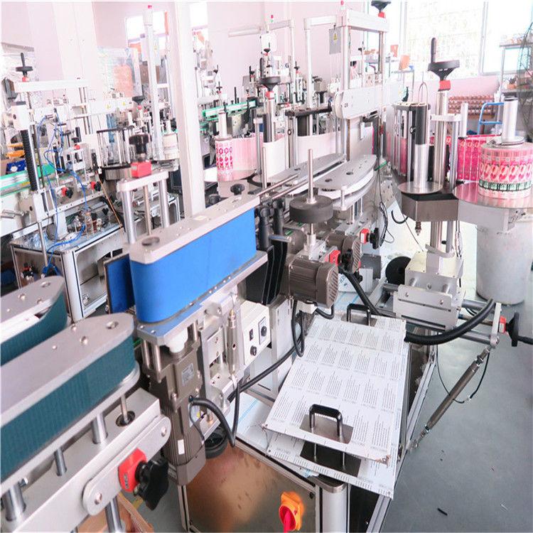 Stroj za bočno obostrano označavanje boca za razne staklenke s ravnim kvadratnim bocama